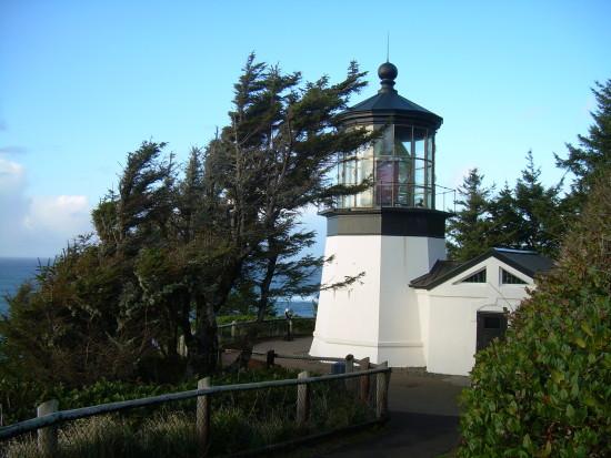 Cape Meares Lighthouse - Oceanside